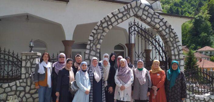 AKTIV ŽENA: Organizovan jednodnevni izlet u Podrinje